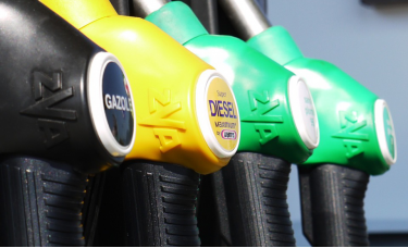 欧佩克+4月份不增产,两油一度大涨5%