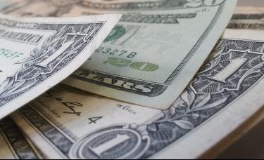 美国国债抛售潮蔓延至公司债,25亿美元资金逃窜