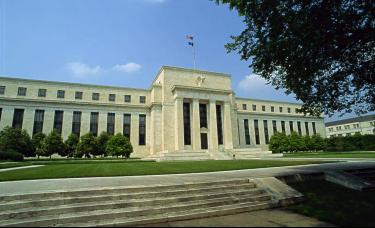 美联储维持利率不变,延续每月1200亿美元购债计划(附声明全文)