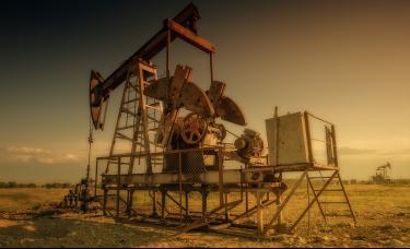 惊魂一夜!纳指收跌3%,国际油价盘中重挫9%,美油跌破60美元