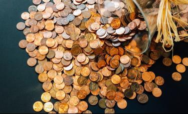 国际金融研究所:全球未偿债务余额Q2增至296万亿美元纪录高位!