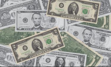 交易员预期美国加息时间提前,美债收益率狂飙,黄金狂泻近40美元