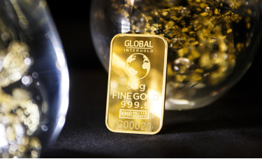 黄金4月不断刷新年内新低之际 投资者疯狂抛售黄金ETF