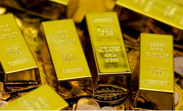 """黄金市场1800关口明年将遥不可及,恐慌下将迎来""""慢牛结构"""""""